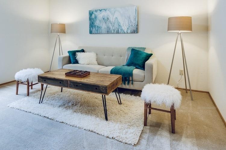 Bố trí nội thất đơn giản, tinh tế giúp căn phòng thêm sang trọng